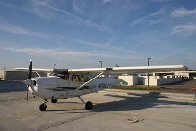 Cessna 172 to fly to work