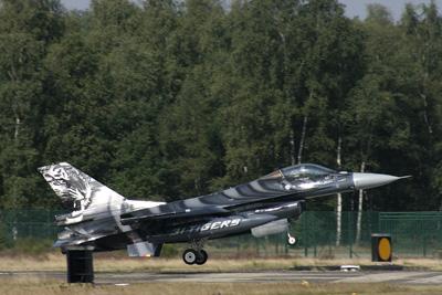 Belgian Tiger F-16 landing