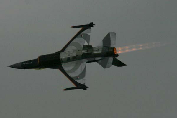 Dutch F16