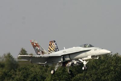 Swiss Tiger Hornet landing