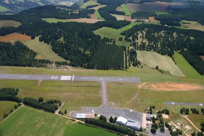 Mende LFNB airport