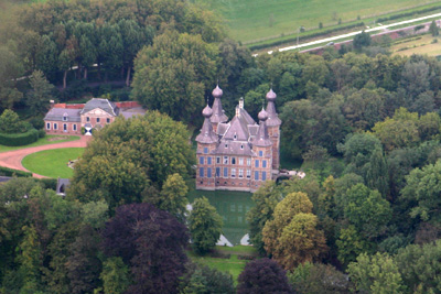 Castle of Aishove in Kruishoutem from the air