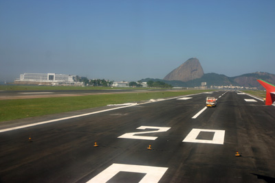 Approach on Santos-Dumont