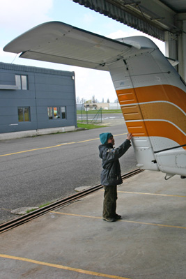 Son checking the tail
