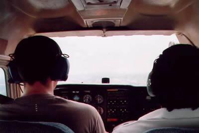 Cockpit C172
