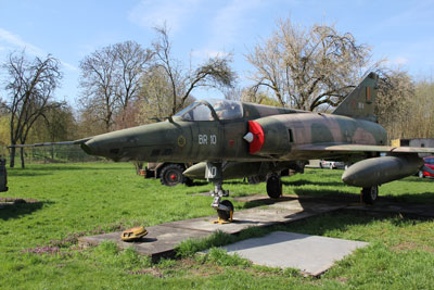 Mirage 5
