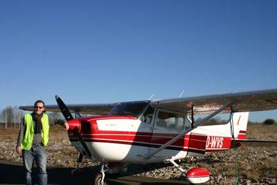 Posing in front of Cessna 172 OO-WVS in Rodez (LFCR)