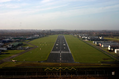 Short final runway 24 in Kortrijk (EBKT)